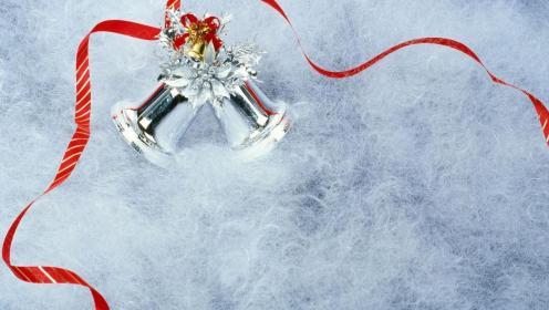 a-christmas_bells-903918
